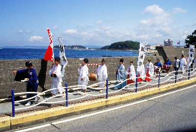 http://www.nanki-shirahama.com/event/detail.php?log=1387440155